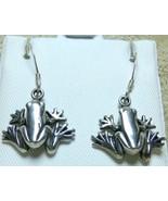 "Vintage 925 Sterling Silver Tree Frog Dangle Earrings 5/8"" Hook M mark - $14.99"