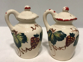 Ceramic Strawberry Pitcher Salt & Pepper Shaker Shakers R31D - $9.06