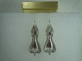Towle Old Colonial 1895 Earrings Sterling - $89.09