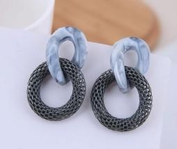 Women Fashion Earrings Exaggerated Acrylic Earrings Chain Earrings Mesh Round Co - $25.99