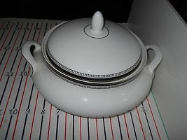 "Royal Doulton Ravenswood 5 1/4"" Fruit Bowl H5008 - $21.78"