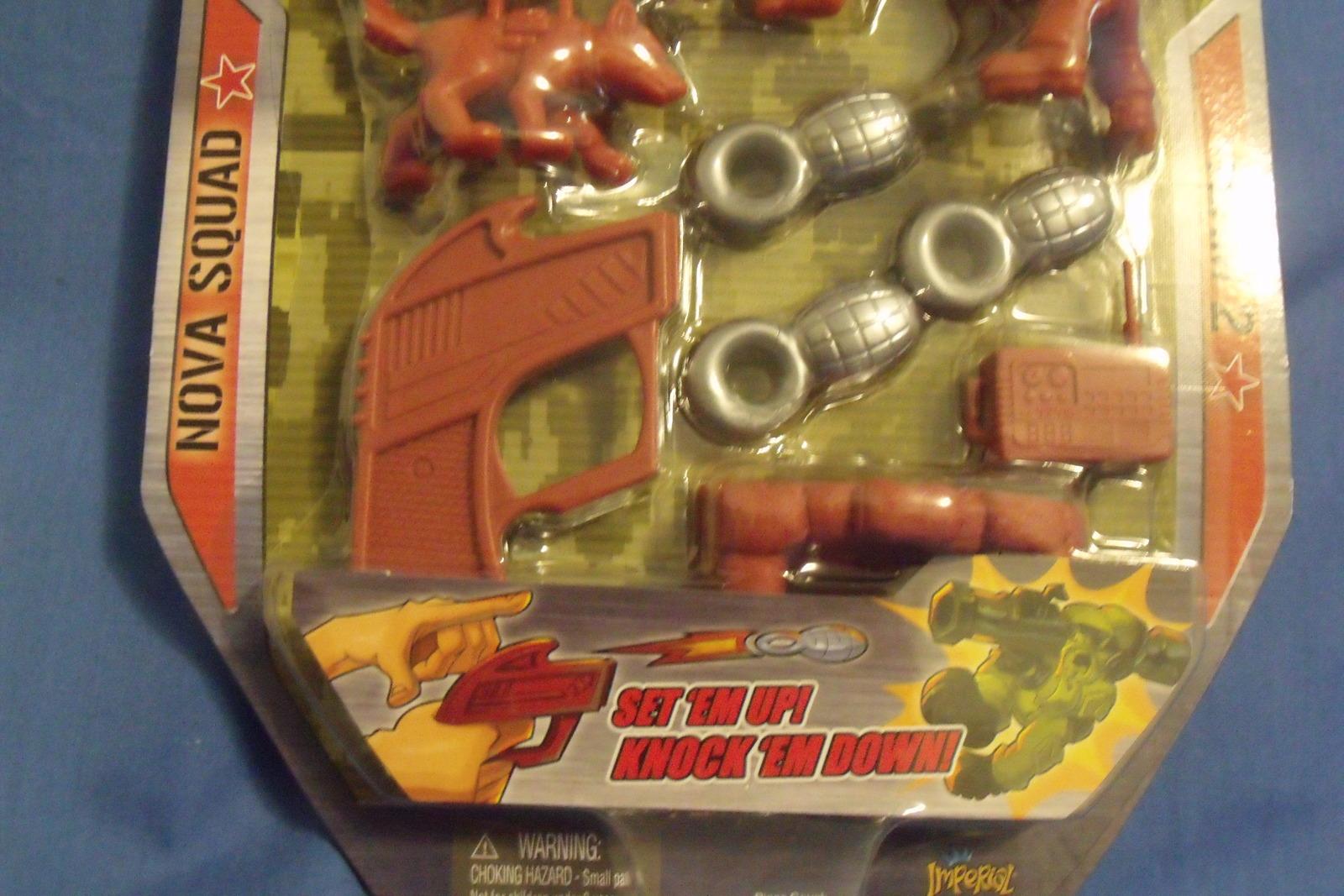 Toys Invincible Army Men New Nova Squad Team 2 Play Set 10 pieces