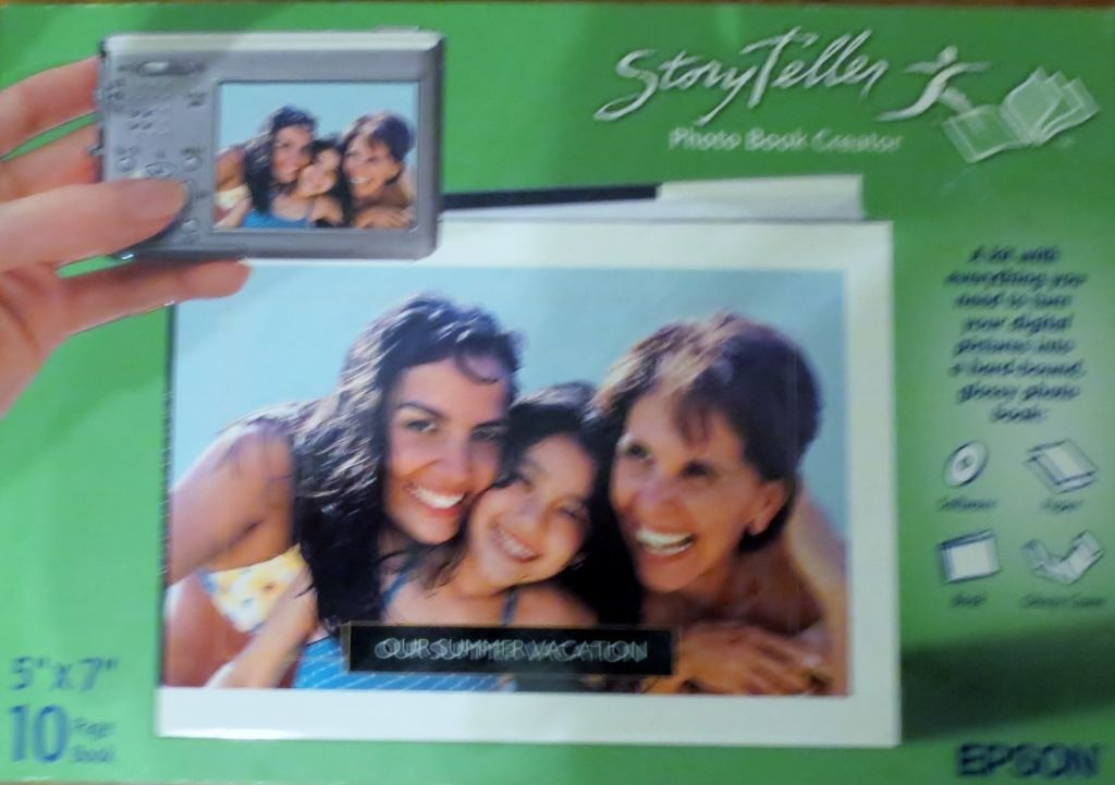Primary image for Epson Story Teller Photo Book Creator -- 5 x 7 (10 pages)