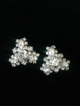Vintage 60s silver and rhinestone triangular cluster clip on costume earrings image 1