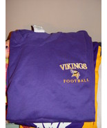 Champion Authentic  Athletic Apparel Vikings Football T-Shirt Size Large - $24.00