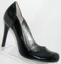 Guess by Marciano 'Kasenna' black round patent leather sculpted heel 10M - $23.70
