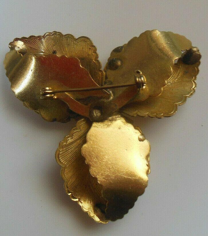 Vintage Gold-tone Prong-set Rhinestone Floral Leaf  Brooch