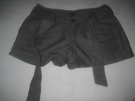 FOREVER XXI VINTAGE 1981 LADIES SHORTS-27-LINEN/COTTON-BELT-BARELY WORN-... - $7.99