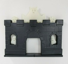 VINTAGE PRESSMAN DOMINO RALLY REPLACEMENT CREEPY CASTLE GLOW IN DARK PIE... - $12.47