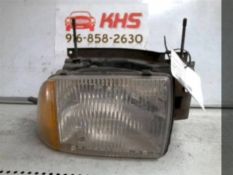 Primary image for Passenger Headlight Chevrolet Composite Fits 95-97 BLAZER S10/JIMMY S15 226173