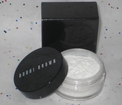 Bobbi Brown Bronzing Powder in Natural - NIB - $14.98
