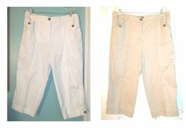 Karen Scott Capri Pants Cotton Blend w/Faux Tortoise Shell Buttons Pants... - $26.99