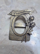 Vintage Signed JJ Grandma Photo Frame Brooch - $5.00