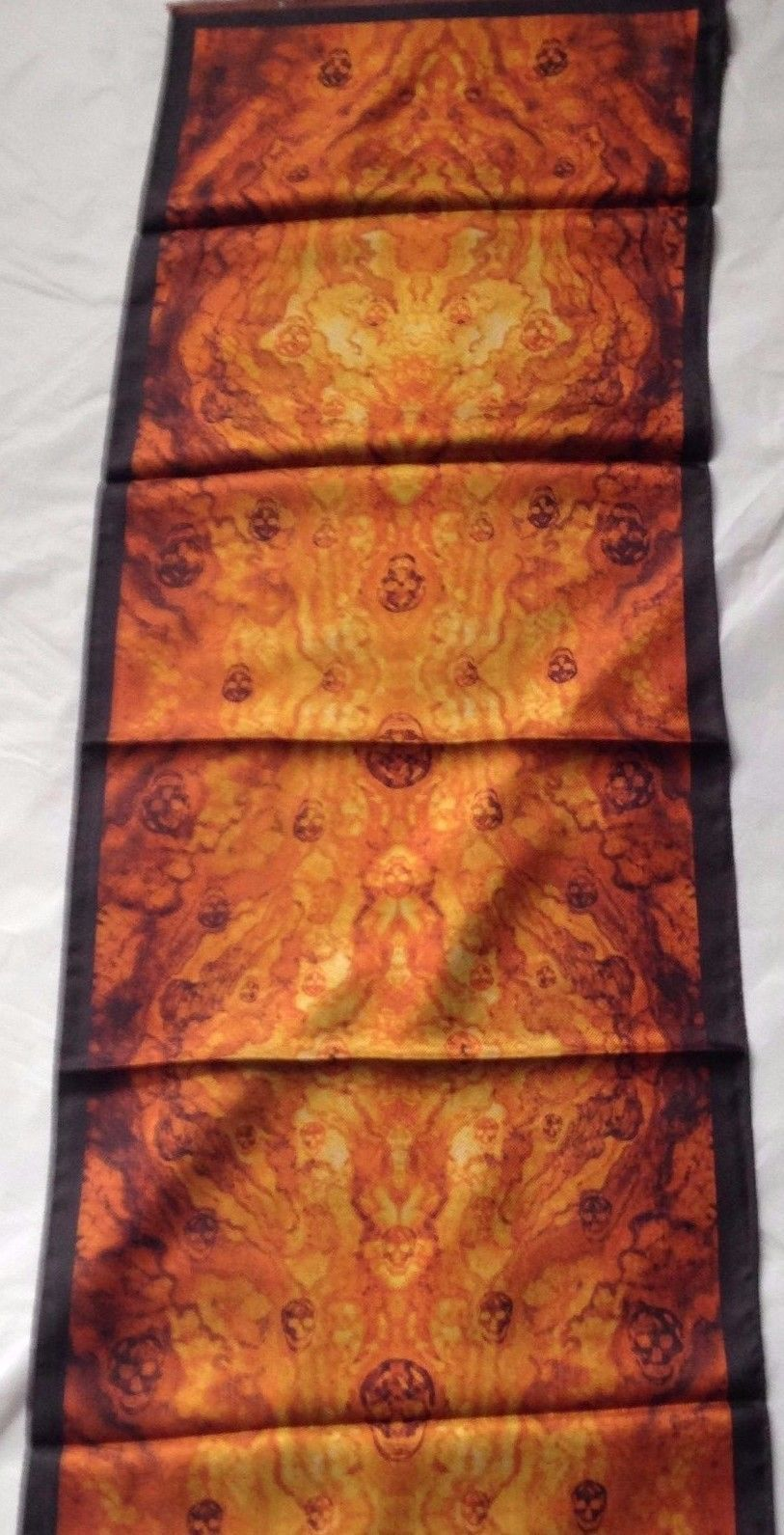 Alexander McQueen Inferno Flaming Skulls Silk Scarf - Orange and Black