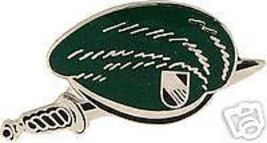 Army Vietnam Sf Special Forces Green Beret Lapel Pin - $13.53