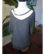 Guess M Medium gray 100% cotton knit tee short sleeve bat sleeve - $14.24