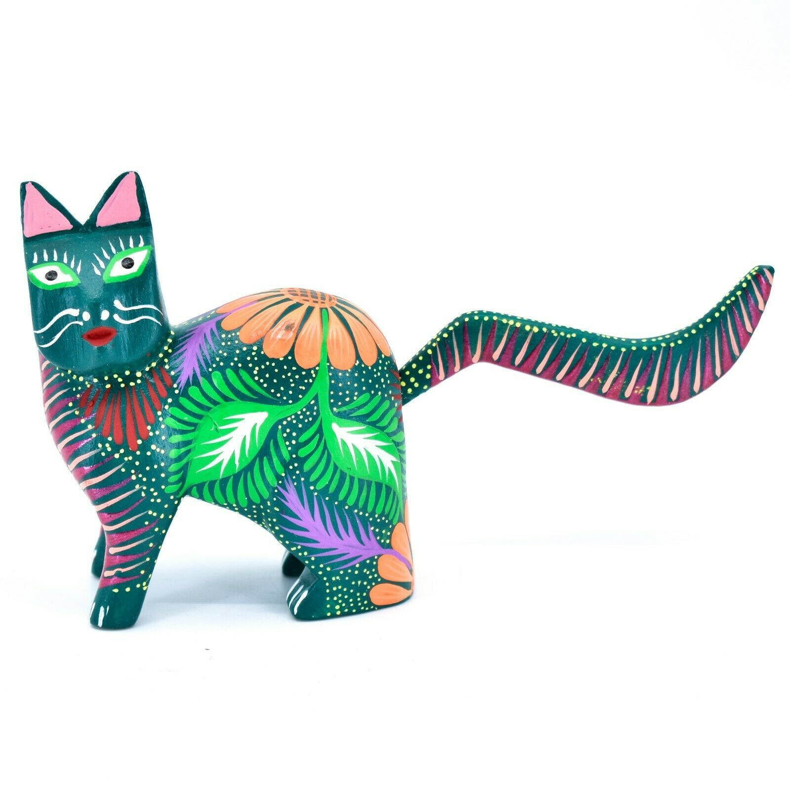Handmade Alebrijes Oaxacan Copal Wood Carving Painted Cat Kitten Figurine