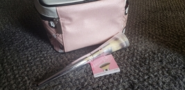 It cosmetics flawless blush brush angled 100% Auth - $15.00