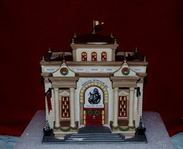 "DEPT 56 HERITAGE VILLAGE CHRISTMAS IN THE CITY ""HERITAGE MUSEUM OF ART"" - $48.51"