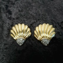 Vintage Trifari Gold Tone Faux Diamonds Clam Shell Earrings Signed - $24.74