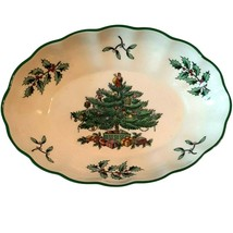 """Spode Christmas Oval Fluted Dish Green Trim 6"""" England Holiday Candy Nuts  - $18.69"""