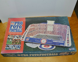 VINTAGE NFL PRO FOTO-FOOTBALL GAME STRATEGY 1990 CADACO - $15.86