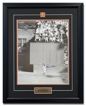 Willie Mays San Francisco Giants Autographed World Series Catch 25x31 Frame - $490.00