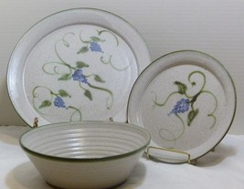 Dinnerware Trio Set by Frog Pond Pottery Seagrove, NC - 2 Plates, 1 Bowl... - $20.98