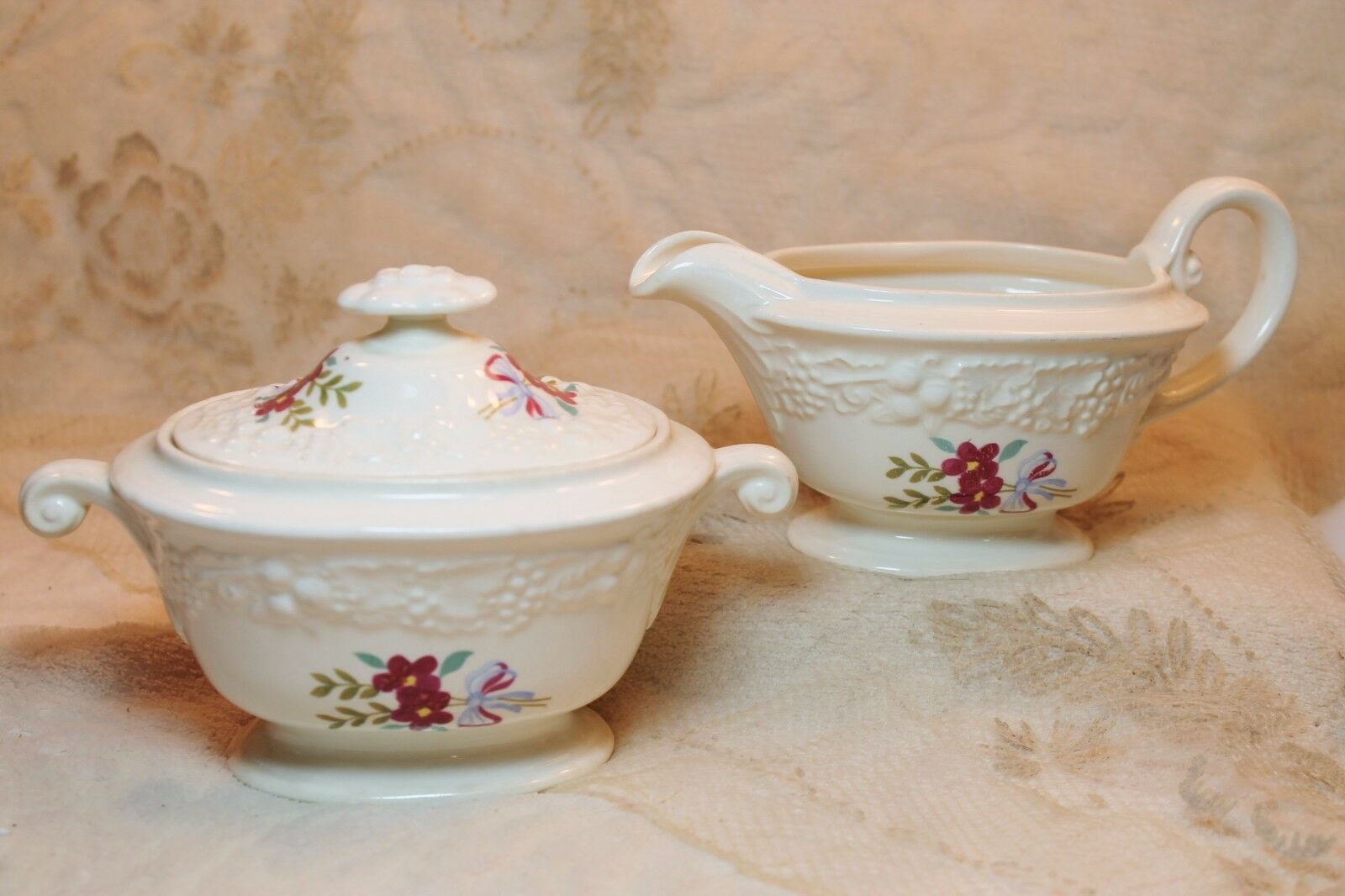 Primary image for Homer Laughlin Eggshell Theme Regency Blue Red Ribbon Laurel Sugar Creamer Set