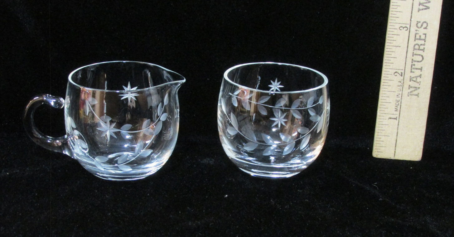 Glass creamer sugar bowl dish clear frosted star leaf