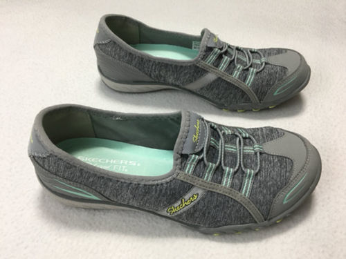 Skechers Womens 6.5 Relaxed Fit Breathe Easy Good Life Sneakers Shoes Gray Mint image 3