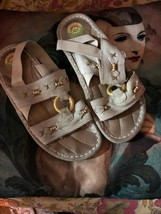 EARTH SPIRIT Gelron 2000  Sweet Khaki Leather Sandals Size 81/2 - $13.86