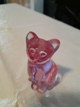 Vintage Fenton Cat Figurine Purple Glass - $20.00