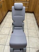 2021 Honda Odyssey middle seat light  Gray Leather - $440.55