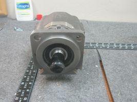PERMCO HYDRAULIC PUMP M5000C731ADNK20-32 image 4