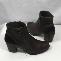 Clarks Brown Leather Chunky Heel Zip Ankle Boots 9M - $29.95