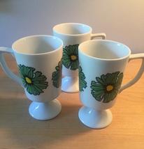 Vintage 70s Graphic Flower pedestal mug- set of 3 image 2