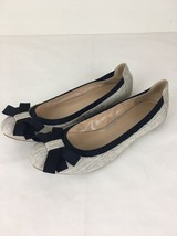 Banana Republic Ballet Flats Size 8.5 Cream Canvas with Navy Blue Bow - $24.99