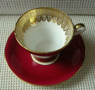Vintage RED Aynsley FLAT TEA CUP & SAUCER Gold Filigree #1713 China England EUC image 3