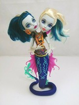 Monster High Great Scarrier Reef Peri and Pearl Serpentine doll - $24.07