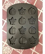 Wilton Cookie baking Mold Sheet Pan Fall Shapes Leaves Pumpkins Nonstick - £9.99 GBP