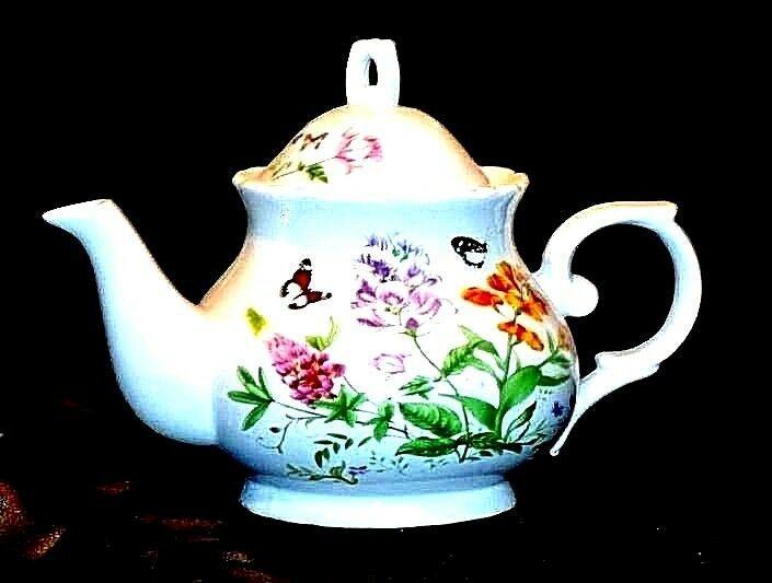 Ceramic TeaPot with Lid AB 535-F Vintage