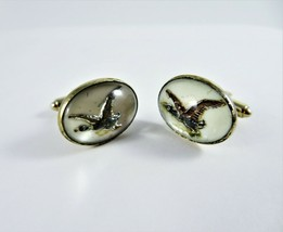 Vintage 1950s Oval Cufflinks Flying Duck Under Glass Face Gold Tone Meta... - $13.85