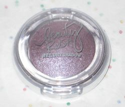 Victoria's Secret Beauty Rush Wet/Dry Shadow in Violet Femme - $8.50