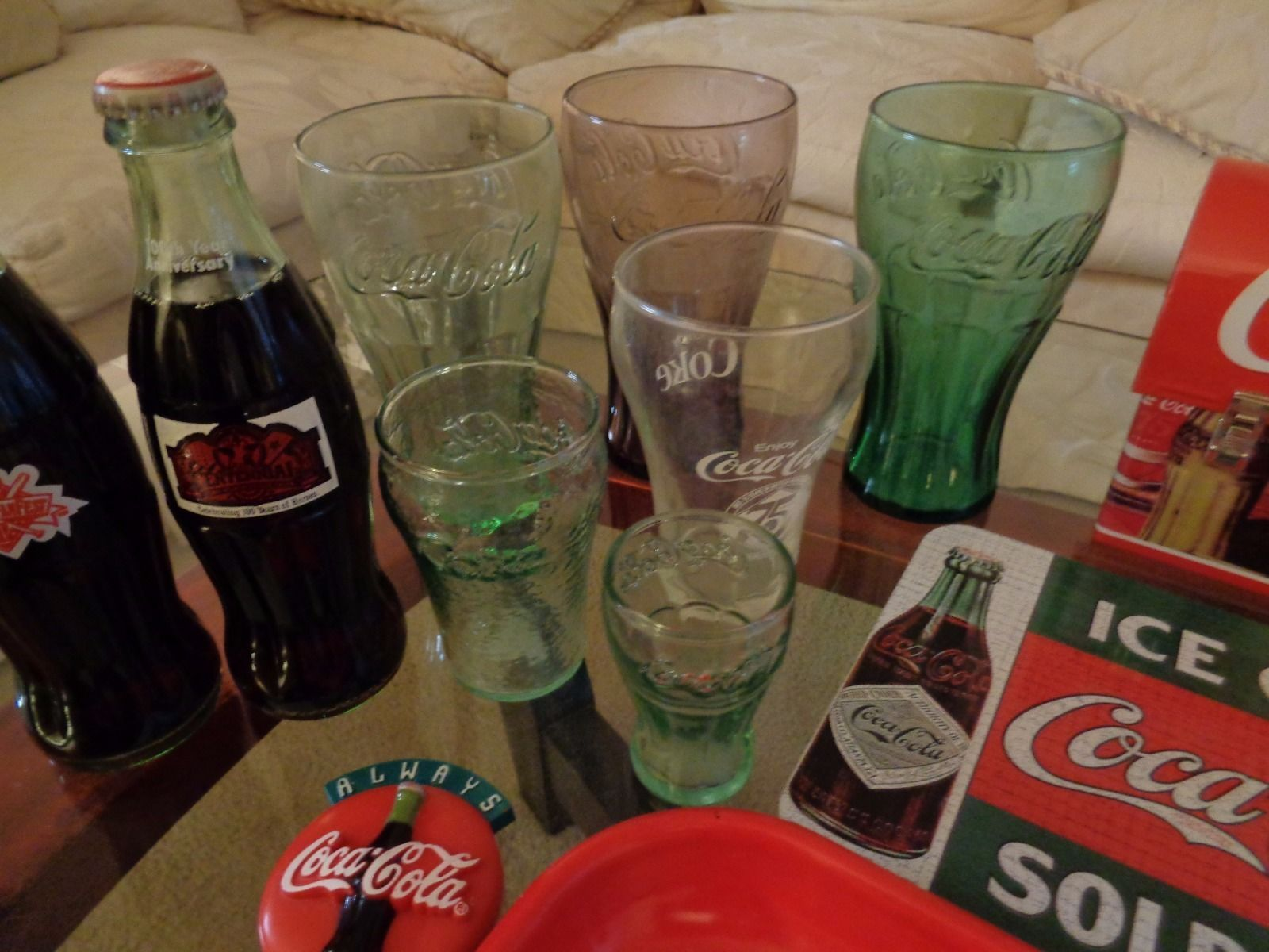 Lot of 18 Coca Cola collectible pieces
