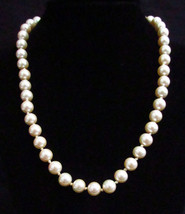 Marvella Necklace Pearl Faux Simulated Choker Champagne Color Vintage Je... - $14.10
