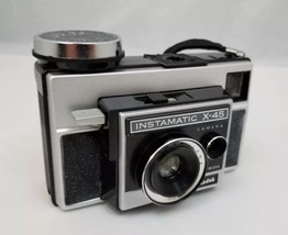Vintage Kodak Instamatic X-45 Camera, Bag Magicubes Made USA Works FREE ... - $21.76