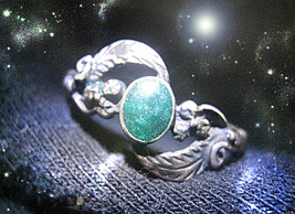 HAUNTED ANTIQUE RING THE MASTER WITCH CIRCLE OF WEALTH SECRET OOAK MAGIC... - $9,007.77