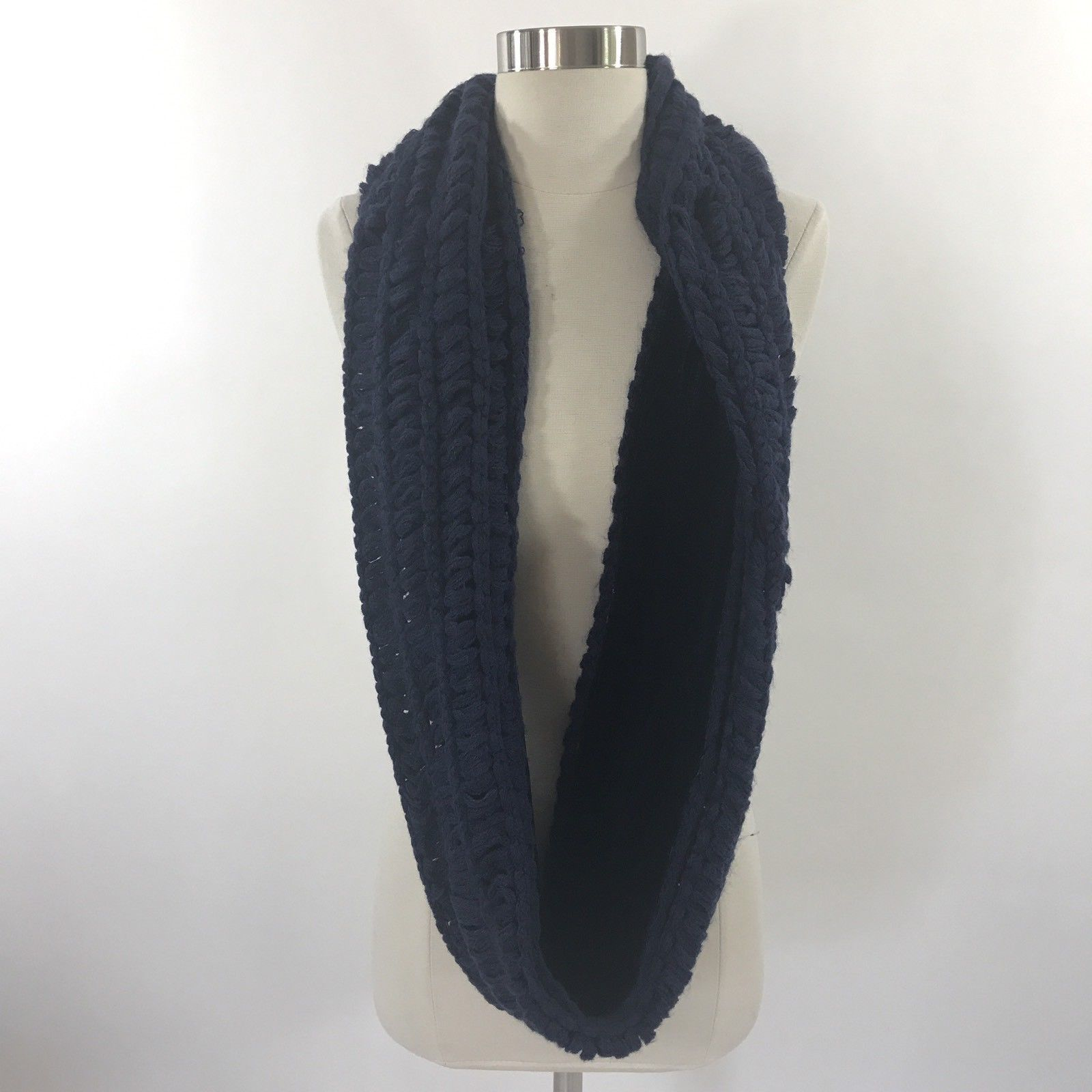 Apt 9 Loop Infinity Womens Neck Scarf Navy Blue Soft Velour Lined NEW