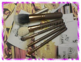 MAC Novel Twist Collection: 5 Pro Brushes Set, 168/187/212/219/275, Brus... - $49.99